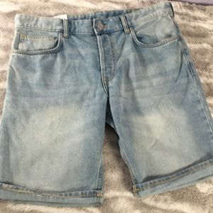 H&M slim fit jeans shorts NWT 34